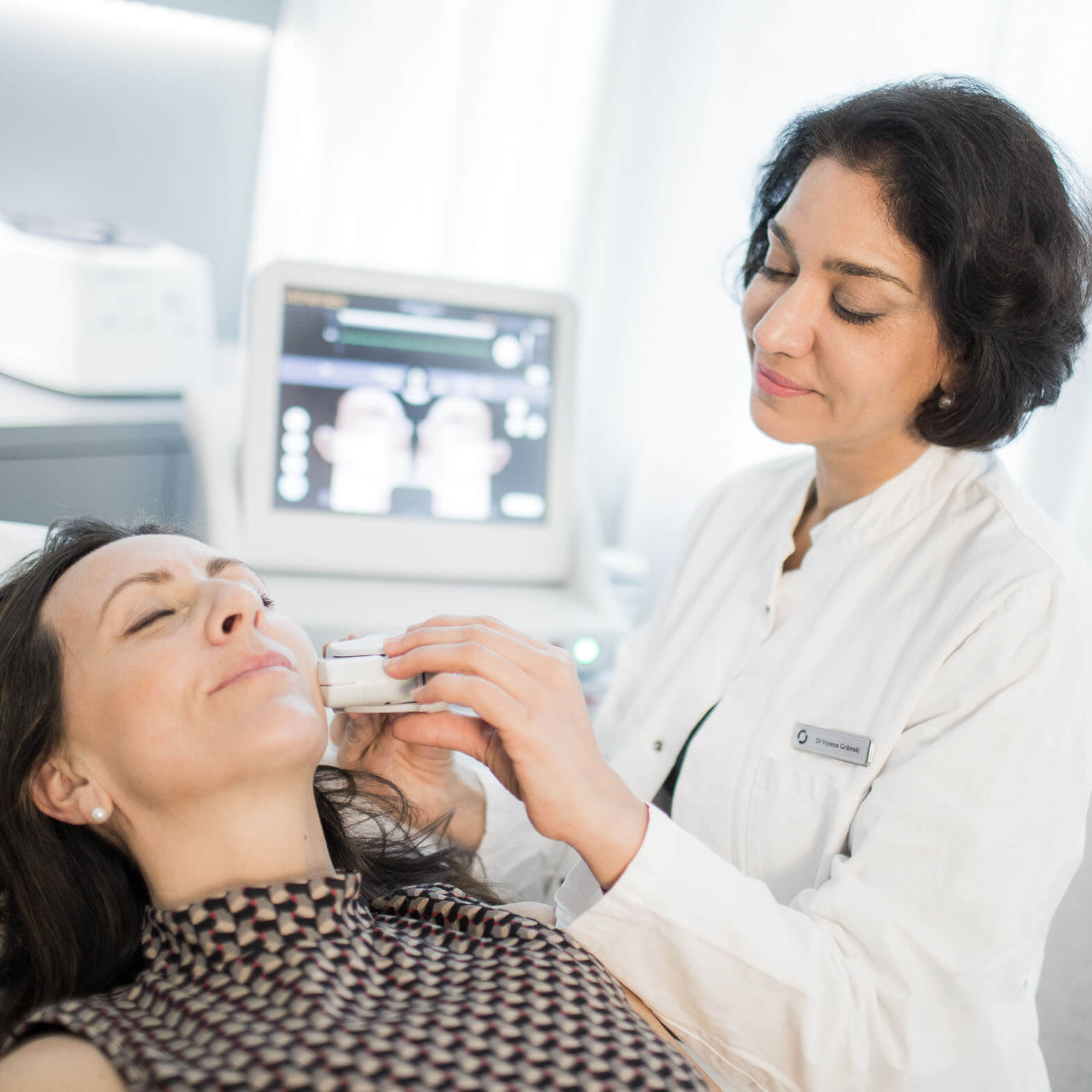 Ultherapy - ultrasound non-surgical face-lifting in Lausanne